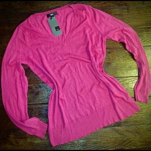 Mossimo pink v neck sweater new with tags